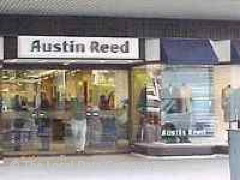Closed Austin Reed 13 Fenchurch Street London Fashion Shops Near Monument Tube Station