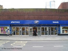 Boots The Chemist, exterior picture