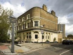 Fentiman Arms, exterior picture