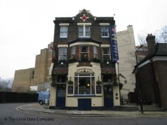 The Rose & Crown, exterior picture