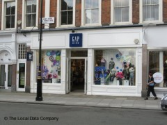 Gap Kids, exterior picture