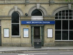 West Brompton Underground Station, exterior picture