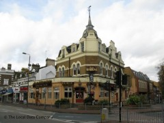 The Raynes Park Tavern, exterior picture