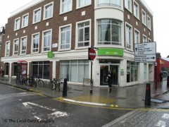 Kentish Town Jobcentre, exterior picture