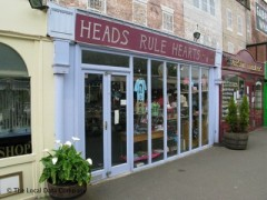 Heads Rule Hearts, exterior picture