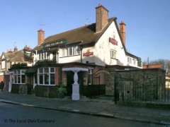 The Plough Inn, exterior picture