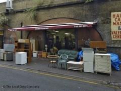 Superbe Hackney Furniture, Exterior Picture