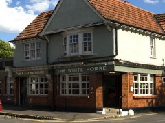 The White Horse, exterior picture