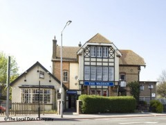The Waddon, exterior picture