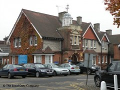 Finchley Memorial Hospital, exterior picture