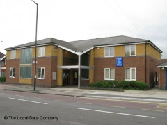 Tamworth House Medical Centre, exterior picture