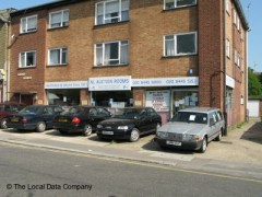 North London Auctions, exterior picture