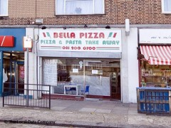 Bella Pizza, exterior picture