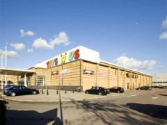 Toys 'R' Us image