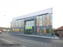 Jobcentres, exterior picture