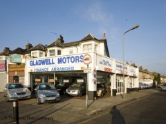 Gladwell Motors, exterior picture