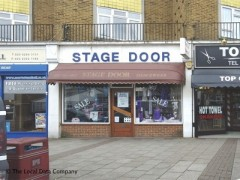 Stage Door, exterior picture