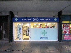 Boots The Chemists, exterior picture