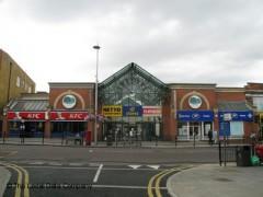 Oaks Shopping Centre image