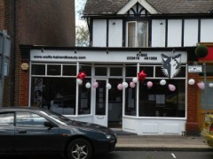 Wolfs Hair & Beauty, exterior picture