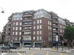 Mercedes benz chelsea cheyne walk london car dealers near south kensington tube station - Mercedes benz garage london ...