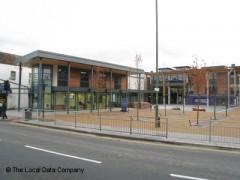 Barnet College image