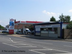 Esso Service Station, exterior picture