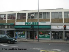 Payless, exterior picture