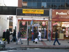 Family Foot Ware, exterior picture