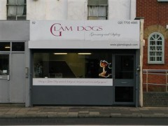 Glam Dogs, exterior picture