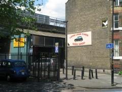 Long Lane Cabs Bodyshop image
