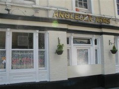 Anglesea Arms, exterior picture