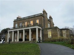 Clissold House image