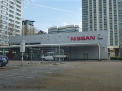 Glyn Hopkin Nissan, exterior picture