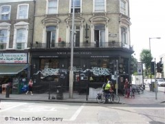North London Tavern, exterior picture