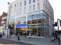 Metro Bank image