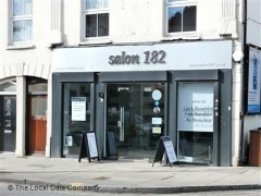 Salon 182, exterior picture