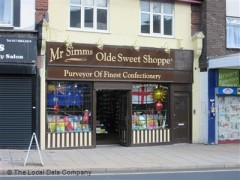 Mr Simms Olde Sweet Shoppe, exterior picture