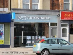 Aston Banks, exterior picture