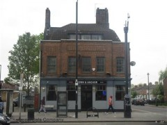 Crown & Anchor image