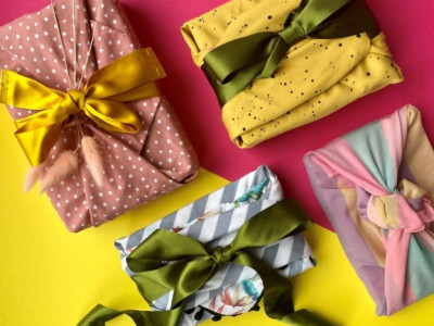Canary Wharf & The Fabric Wrapping Co. launch a free sustainable fabric gift wrapping service image