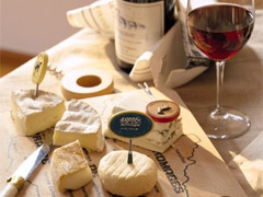 The best places for sampling cheese & wine image