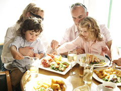 Great places to eat with your kids image