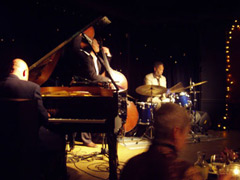 The best hotspots for jazz and dining image