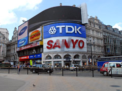 Piccadilly Circus Picture