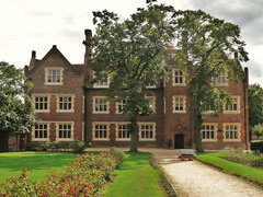 Eastbury Manor House  Picture