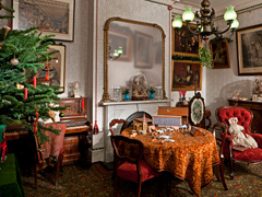 Christmas Past: 400 Years of Seasonal Traditions in English Homes image