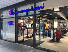 Champion and Havianas Opening at LDO image