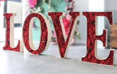 Pop-up Valentines Flower Gifts And Selfie Opportunities image