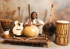 Free concert by Mosi Conde at the Brady Centre image